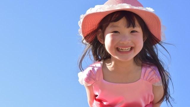 帽子嫌いな子供へ5つの対策【体験談】帽子をかぶせるコツと選び方