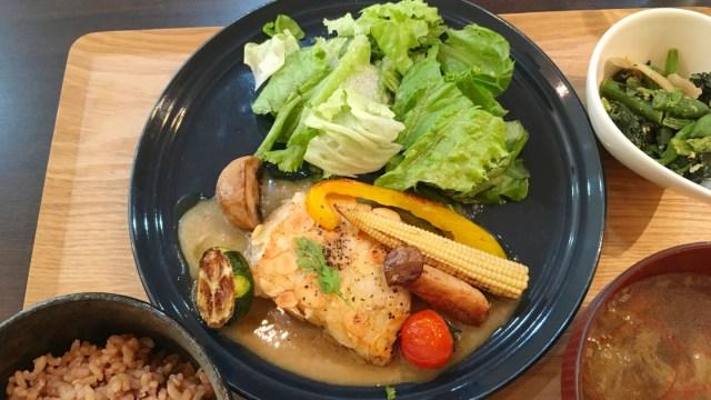 JR都賀駅前のCafe食堂hideaway オーガニックなカフェご飯とオシャレな店内がもはや都賀じゃない件