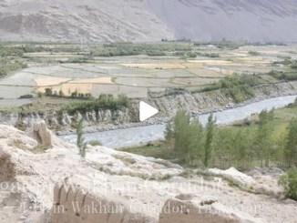 【TOP BUZZ】【絶景大陸vol.094】川が国境!川を跨げばそこはアフガン!タジキスタンのランガール村