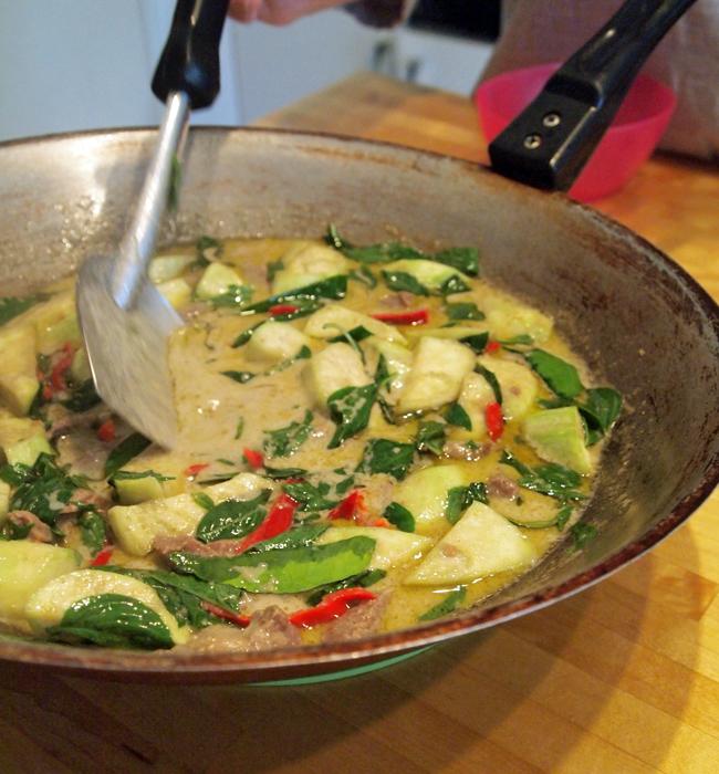 「タイ料理教室」本場の味をお家で作れるようになれます