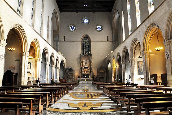 ナポリ サンタ・キアラ聖堂