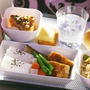 エコノミークラスのお食事(和食)