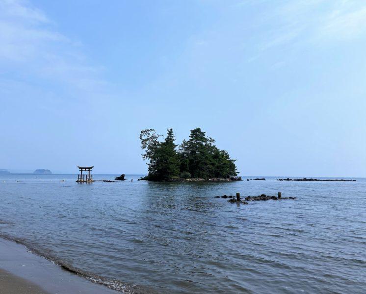「恋路海岸~えんむすビーチ~悲恋伝説がある能登の海岸、動画あり。」のアイキャッチ画像