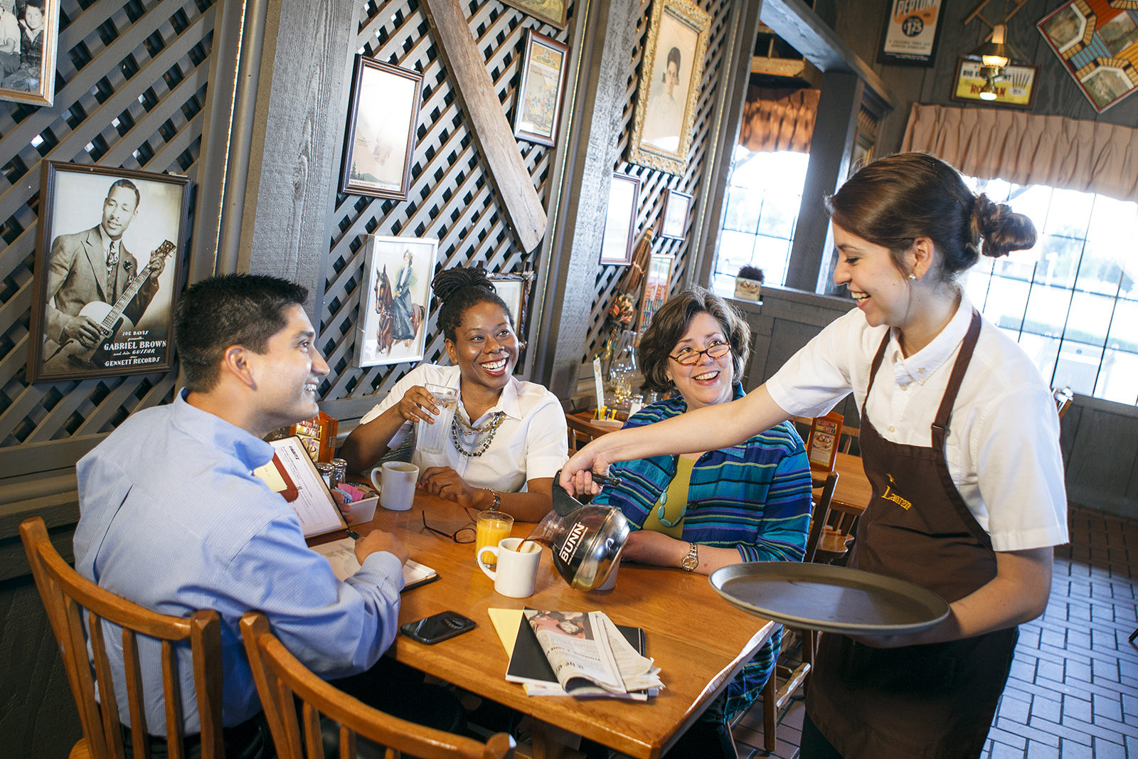 Family Dining Restaurant Chains