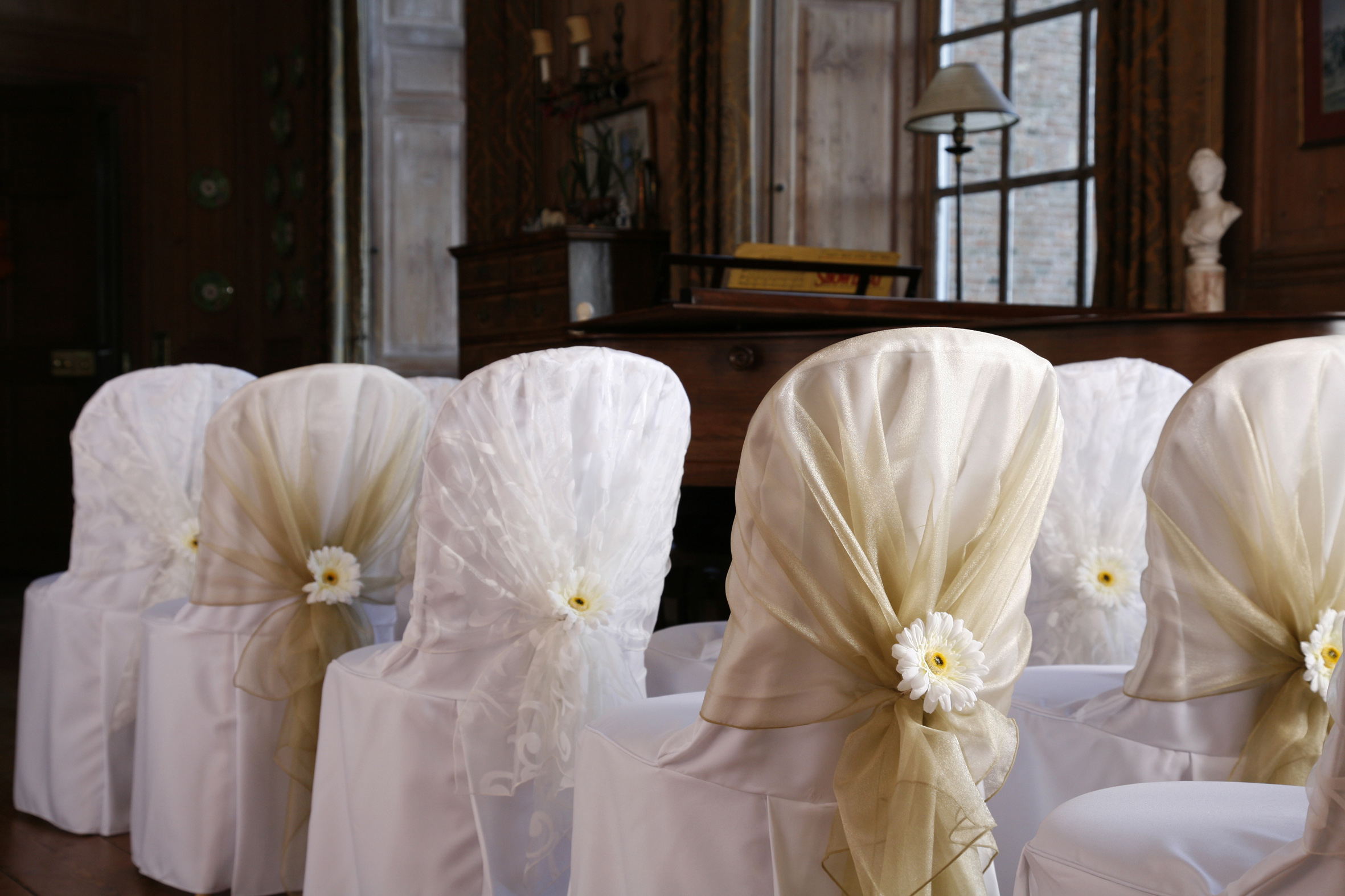 Chair Covers Wedding New Linen Chair Covers For 2012 2013 Weddings Table Angels