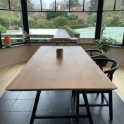 Table Caractère Marie : 4 Bords biseautés 30 degrés / Pieds en A s/ mesure 8x4cm+4x4cm / Hauteur Table 74cm