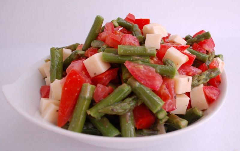 asparagus mozzarella tomato veggie bowl