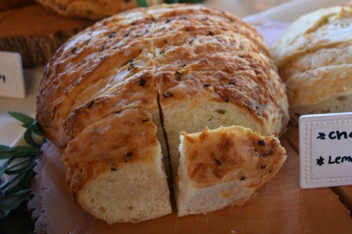 cheddar-chive artisan bread