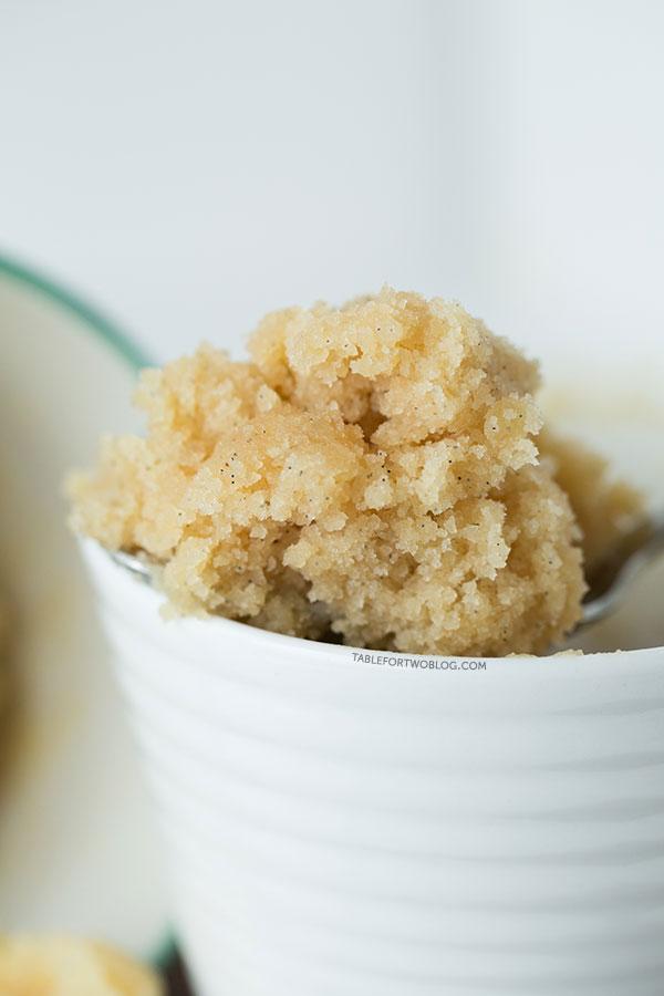 Vanilla Mug Cake - Microwave - Veena Azmanov