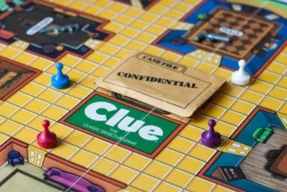 Clue board set up