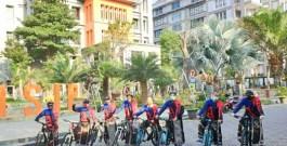 Santri Fun Bike FISIP UB Pakai Sarung