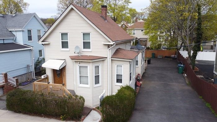 Homes for sale melrose ma