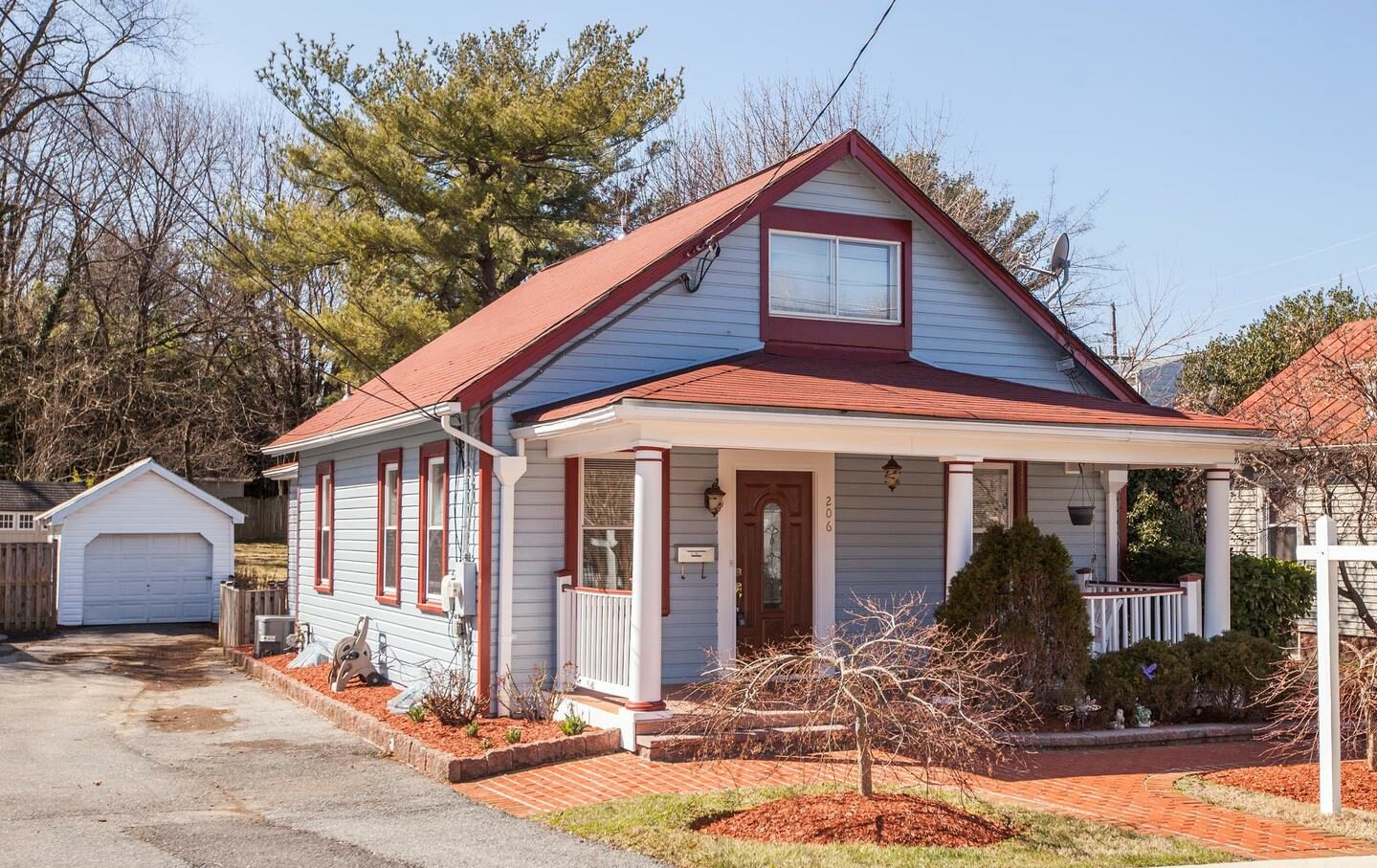 House for sale in dracut