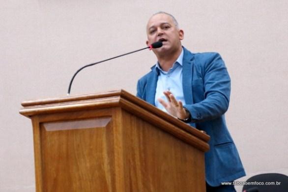 Doda acusou o seu partido, o PT, de ter não ter cobrado a Taxa do Lixo só por questões políticas.