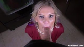 PervMom Kenzie Taylor – Her Hands Are Tied
