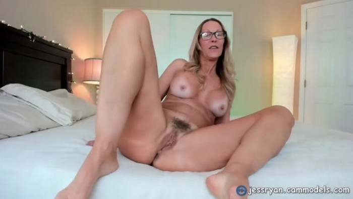 Jess Ryan – So Far So Good Step Mom Custom
