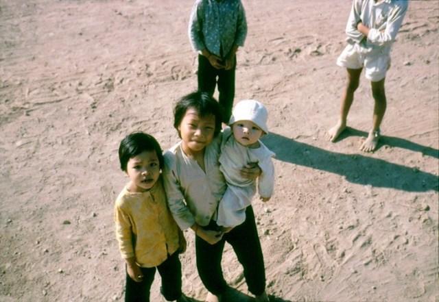 Ba chị em gái.