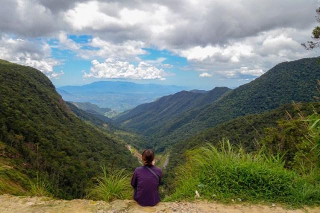 Việt Nam có rất nhiều nơi có phong cảnh đẹp để du khách ngồi nghỉ ngơi và thư thái ngắm cảnh quan thiên nhiên tuyệt mỹ.
