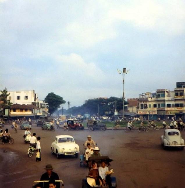 bo-anh-phim-vuong-an-tuong-ve-sai-gon-thap-nien-1960-hinh-7
