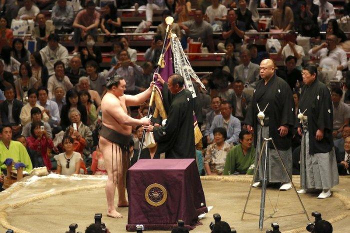 Hakuho-Banner