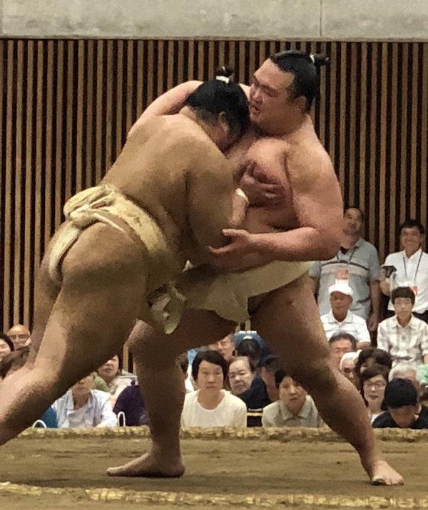 kisenosato-with-takanosho