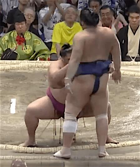 mitakeumi-tochiozan-finish