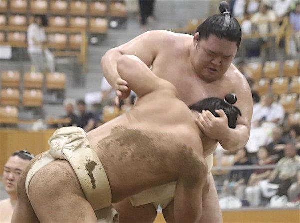 goeido-butsukari-wakatakakage