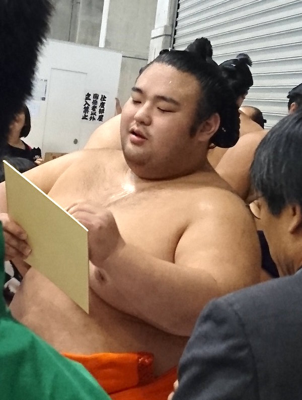 takakeisho-pleased