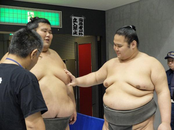 gokushindo-dewanojo-boobies