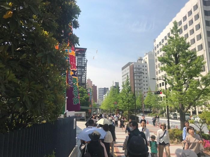 Ryogoku Kokugikan - Crowd outside Dohyo Matsuri