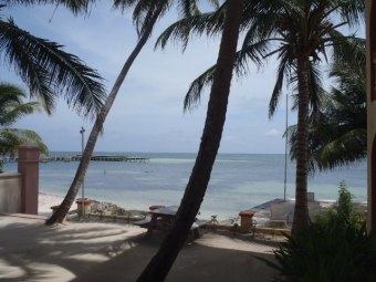 banana beach resort belize picture