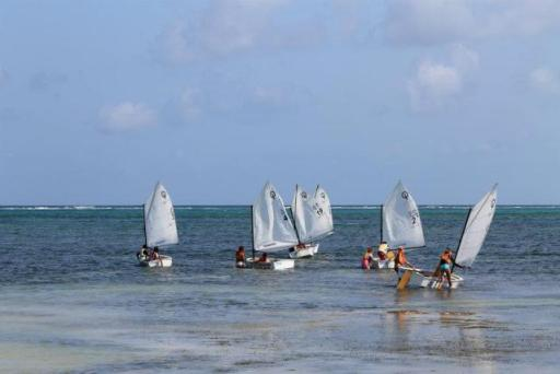 sailing lessons belize