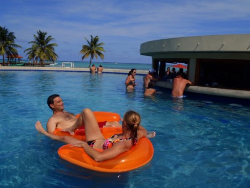 swimming in belize