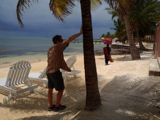 belize weather in may