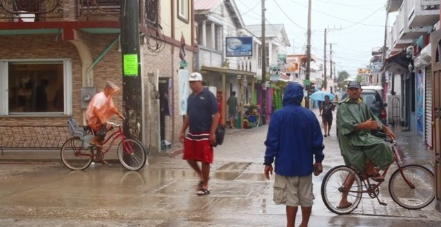 What to do with rain in Belize