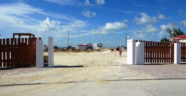 Cayo appeal, San Pedro lagoon area and another defibrilator donation