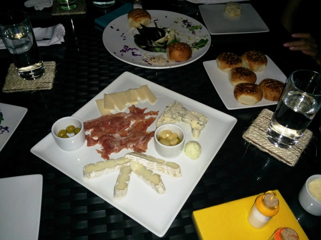 rain restaurant north ambergris caye
