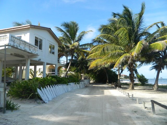 beach road north ambergris caye