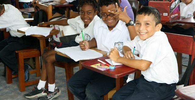 TMM Belize Yacht Charters donates HP Pavilion