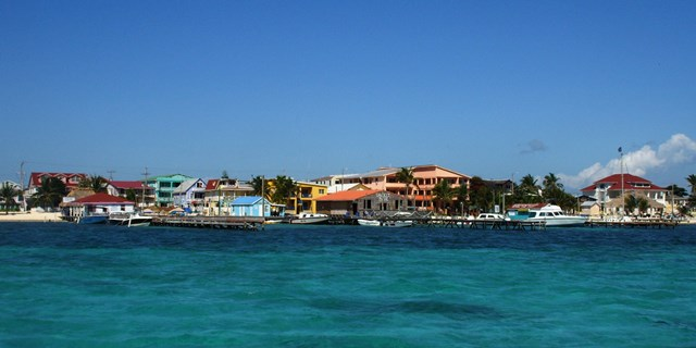 Living on Ambergris Caye
