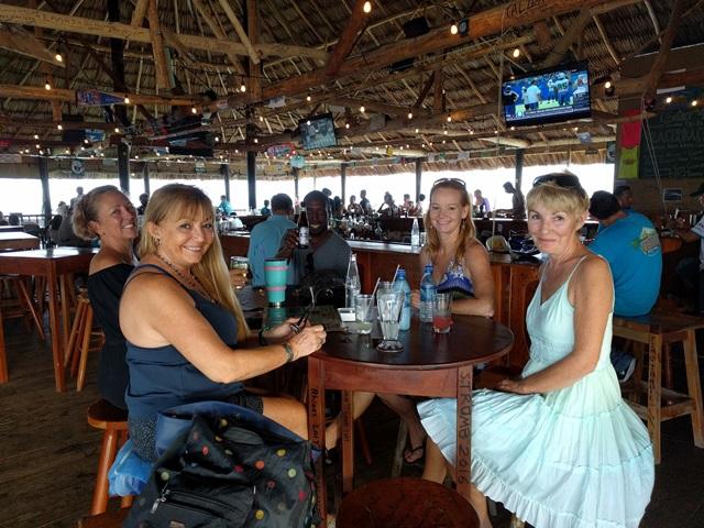 beach bar san pedro belize