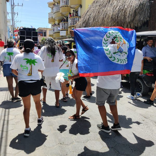 Sandy Toes beach bar parade group San Pedro