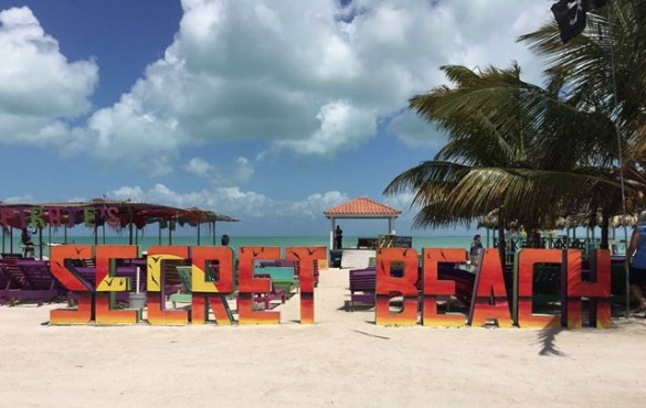 North Ambergris Caye beach