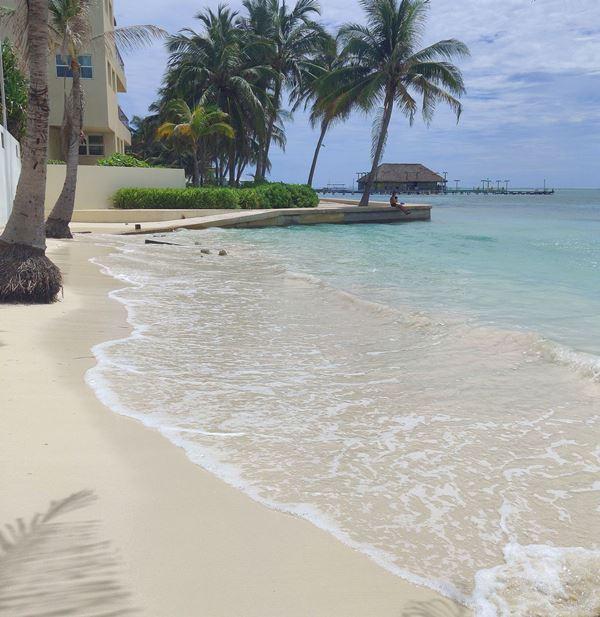 Beach near the Phoenix Resort Belize