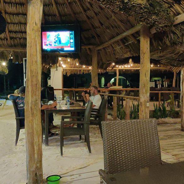 beach bar trivia night