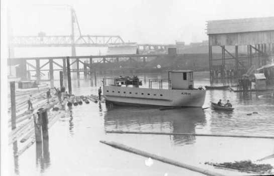TPL Foss Waterway w 11th st Bridge