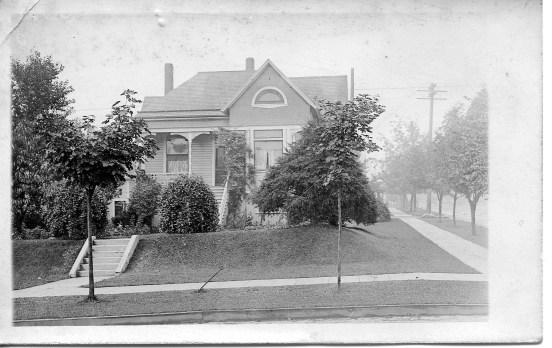 224 N. Yakima Post Card