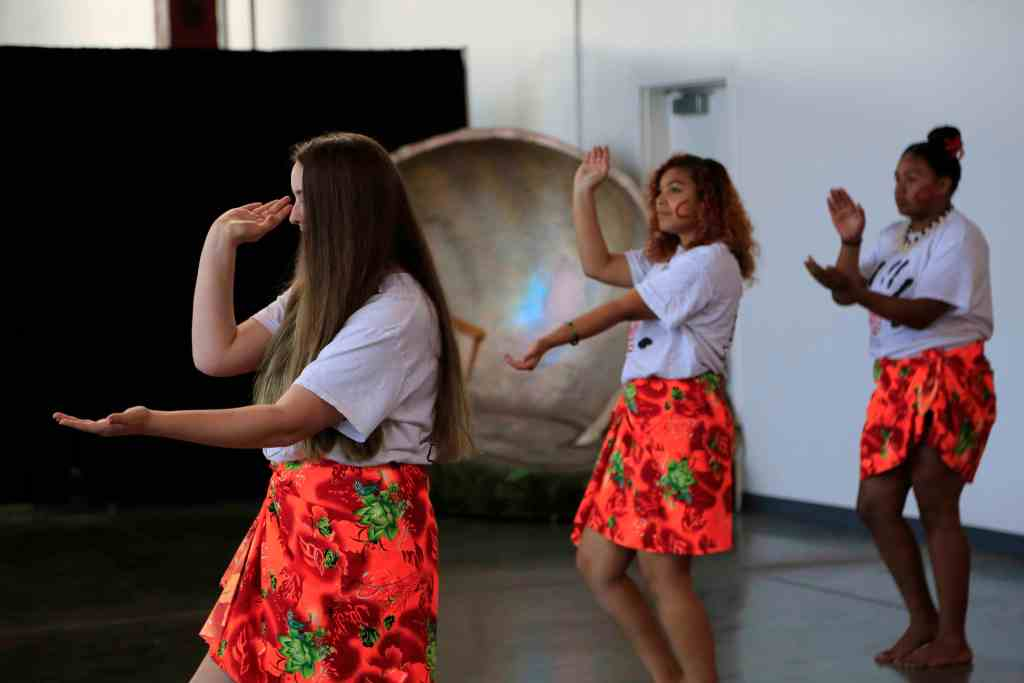 Hearts 4 Kids Samoan dance