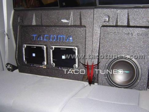 toyota tacoma stereo pictures complete audio system subwoofer amp. Black Bedroom Furniture Sets. Home Design Ideas