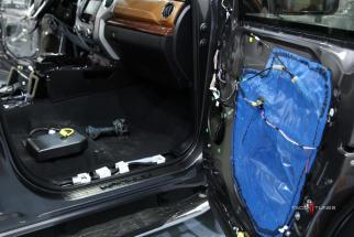 Tundra CrewMax 1794 Stereo Installer San Antonio TX (14)